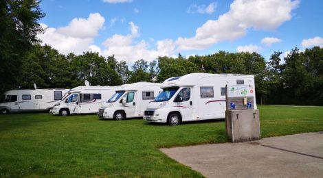 Camping-cars : une aire de services